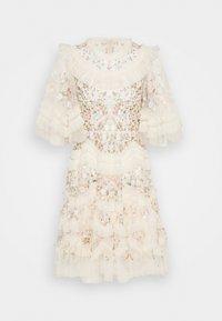 Needle & Thread - LALABELLE MINI DRESS - Koktejlové šaty/ šaty na párty - champagne - 0