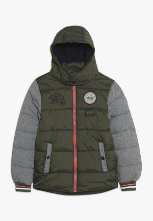 Zimní bunda - khaki