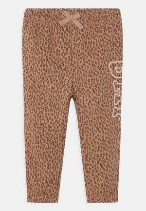 Trousers - desert tan