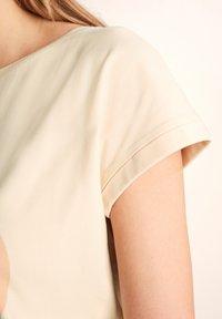 comma - Print T-shirt - shell placed print woman - 3