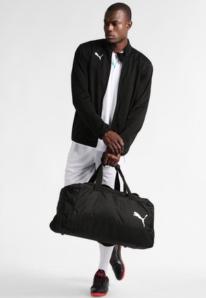 PRO TRAINING - Sports bag - black