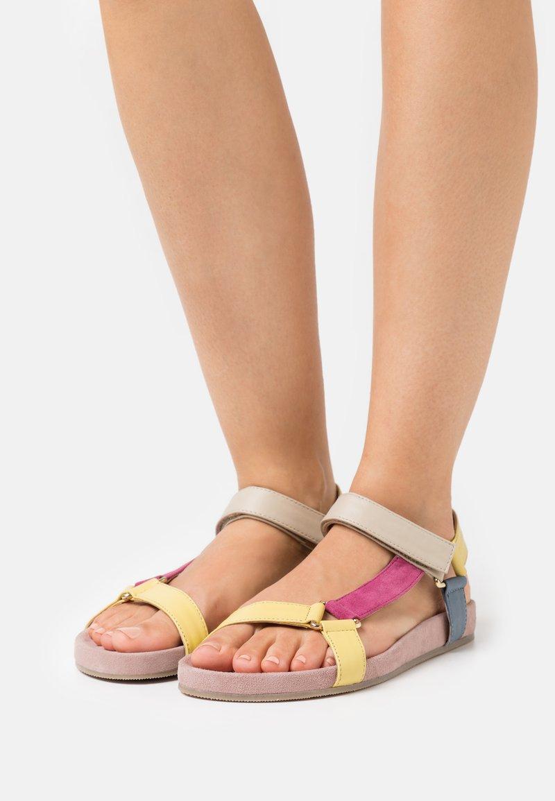 Copenhagen Shoes - PEACE - Sandals - rosa/multicolor