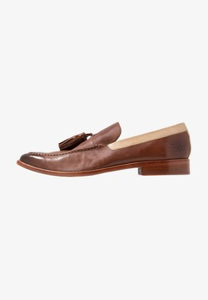 LEONARDO - Nazouvací boty - tan
