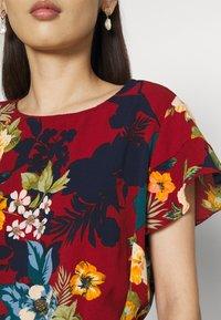 Vila - VIDIANA FLOUNCE DRESS - Robe d'été - winetasting - 5