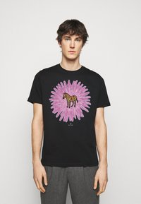 PS Paul Smith - MENS REG FIT FLOWER ZEBRA UNISEX - Print T-shirt - black - 0