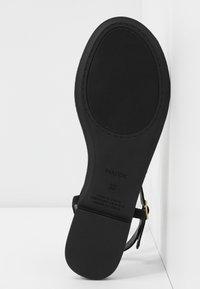PARFOIS - T-bar sandals - black - 6