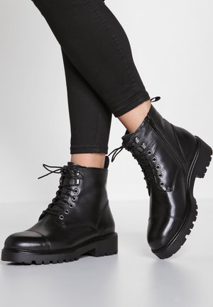 KENOVA - Bottines à plateau - black