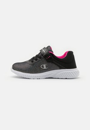 LOW CUT SHOE SOFTY 2.0 UNISEX - Sports shoes - new black