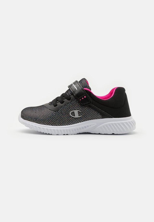 LOW CUT SHOE SOFTY 2.0 UNISEX - Scarpe da fitness - new black