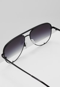 QUAY AUSTRALIA - HIGH KEY MINI - Gafas de sol - black - 2