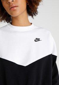 Nike Sportswear - W NSW HRTG CREW FLC - Mikina - black/white/black - 4