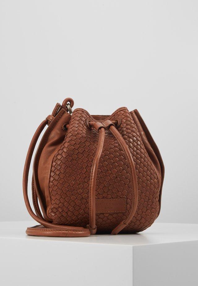 SABELTBAG - Taška spříčným popruhem - medium brown