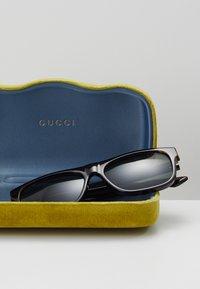 Gucci - Sluneční brýle - havana/green - 3