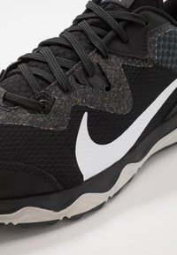 Nike Performance - JUNIPER - Trail running shoes - black/white/dark smoke grey/grey fog - 5