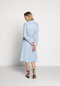 Polo Ralph Lauren - LONG SLEEVE CASUAL DRESS - Vestido vaquero - light indigo - 2