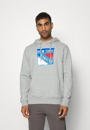 NHL NEW YORK RANGERS ESSENTIALS CREST GRAPHIC HOODIE - Klubové oblečení - sports grey