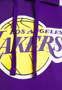 Nike Performance - NBA LOS ANGELES LAKERS ESSENTIAL HOODIE - Klubové oblečení - field purple/amarillo - 5