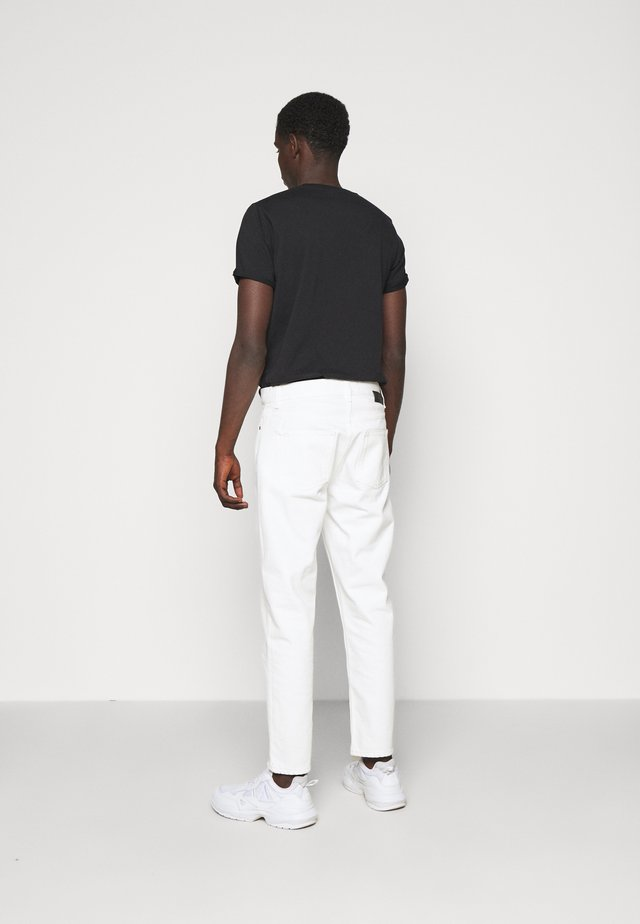 BEN - Relaxed fit jeans - tinted white