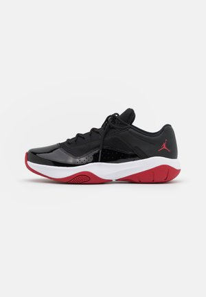 AIR JORDAN 11 CMFT - Sneakersy niskie - black/white/gym red