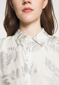 Lauren Ralph Lauren - PUJA SLEEVELESS DAY DRESS - Maxi dress - white/silver - 5