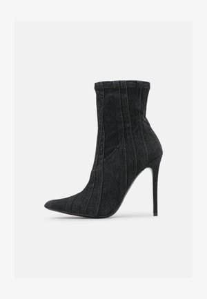 D-YUCCA AB - High heeled ankle boots - black