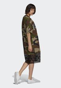 adidas Originals - TEE DRESS - Jersey dress - multicolor - 2