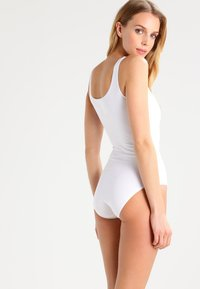 Skiny - DAMEN BODY ÄRMELLOS - Body - white - 2