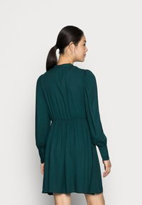 Vero Moda - VMUMA SHORT DRESS - Vestito estivo - ponderosa pine - 2