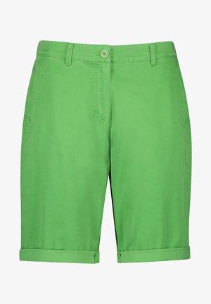 MIT SAUMUMSCHLAG - Shorts - botanical