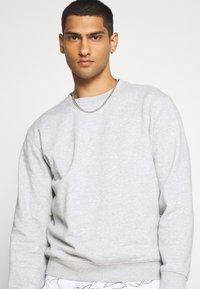 Weekday - STANDARD - Sweatshirt - grey melange - 3