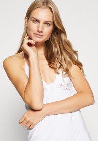 La Perla - TRES SOUPLE PARIGINA - Noční košile - white - 5
