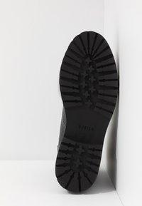 Nubikk - FAE ROMA - Platåstøvletter - black - 6