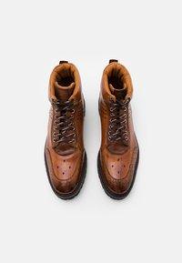 Melvin & Hamilton - TREVOR  - Lace-up ankle boots - cognac - 3