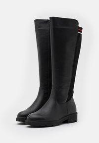H.I.S - Vysoká obuv - black - 2
