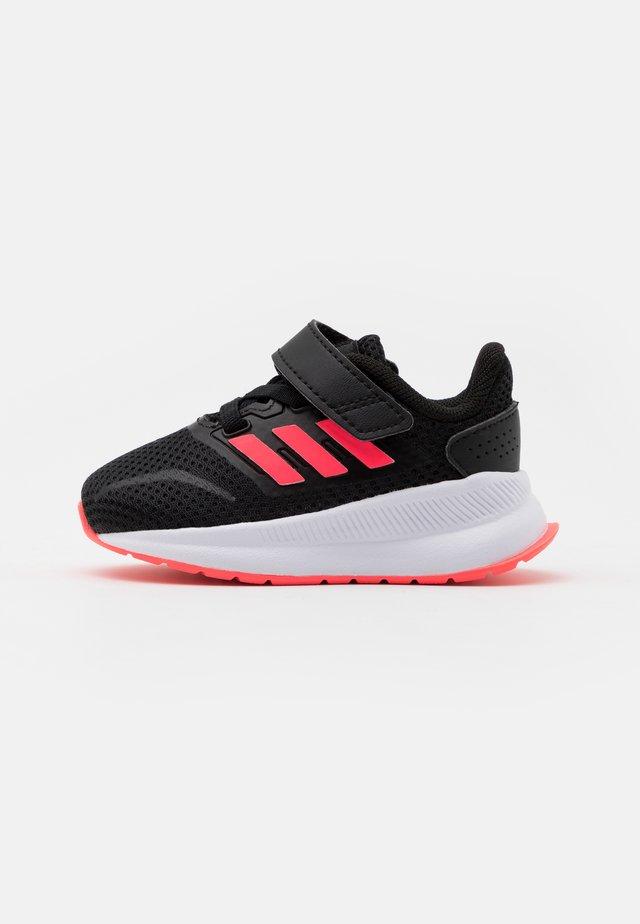 RUNFALCON I UNISEX - Obuwie do biegania treningowe - core black/signal pink/footwear white