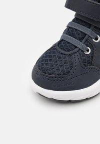 Viking - ALVDAL MID GTX UNISEX - Hiking shoes - navy/charcoal - 5