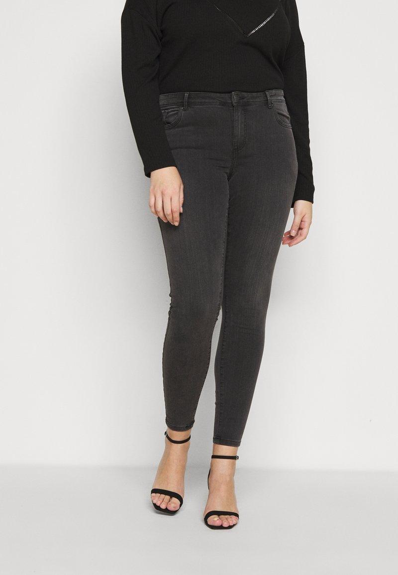 Vero Moda Curve - VMTANYA PIPING - Jeans Skinny Fit - dark grey denim