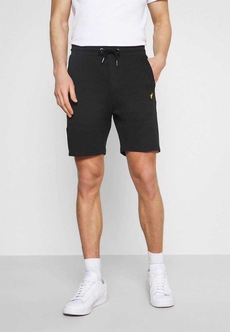 Pier One - Shortsit - black