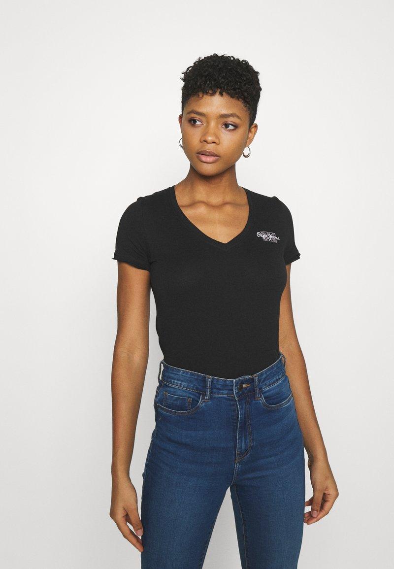 Pepe Jeans - Basic T-shirt - black