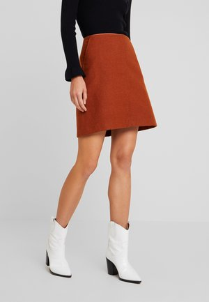 A-line skirt - pumkin