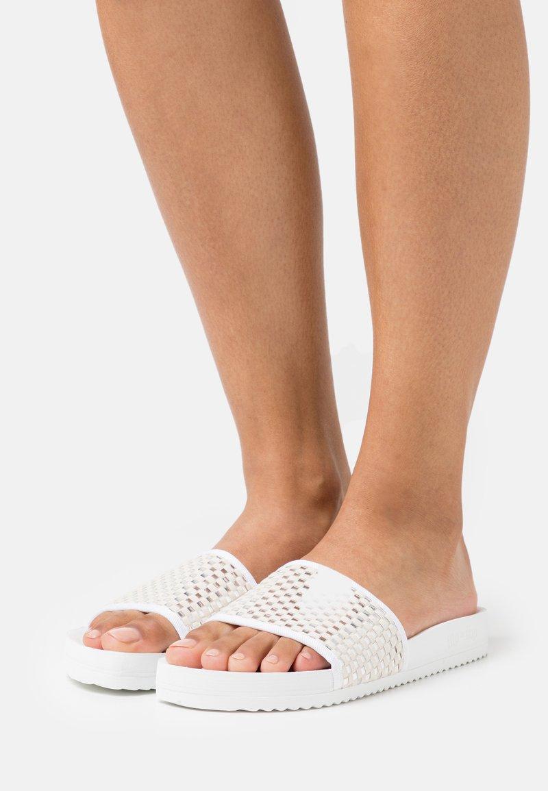 flip*flop - POOL CHECK - Muiltjes - white/silver