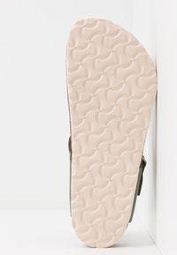 Birkenstock - GIZEH - Slippers - khaki - 6