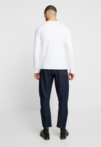 Levi's® Engineered Jeans - LEJ 570 BAGGY TAPER - Relaxed fit jeans - rinsed denim - 2