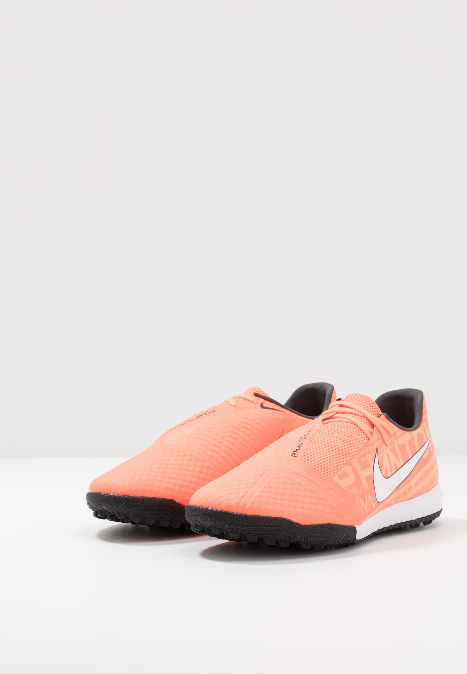 Nike Performance PHANTOM ACADEMY TF - Fußballschuh Multinocken - bright mango/white/orange/anthracite/orange - Herrenschuhe E66dL
