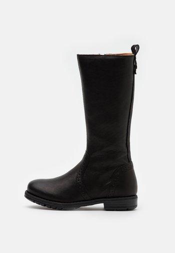 MYRA - Zimní obuv - black