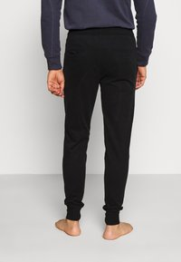 Frescobol Carioca - LEBLON LOUNGEWEAR - Pyjama bottoms - black - 2