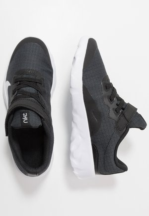 EXPLORE STRADA - Sneakers laag - black/white