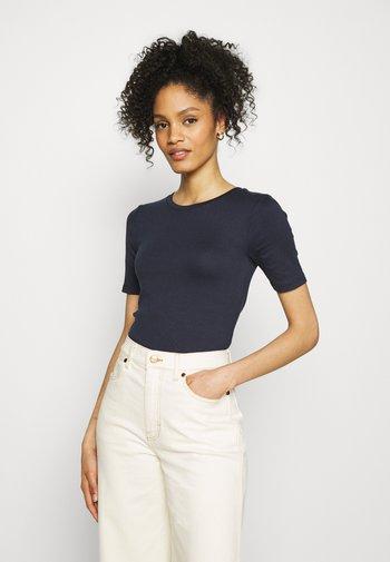 Basic T-shirt - true indigo