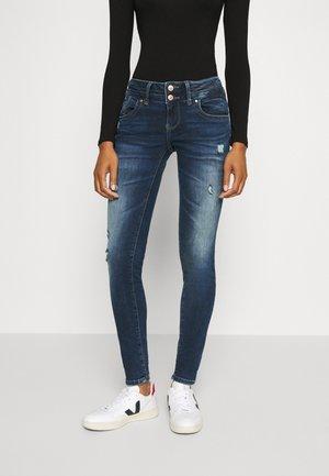 JULITA - Jeans Skinny - tessa wash