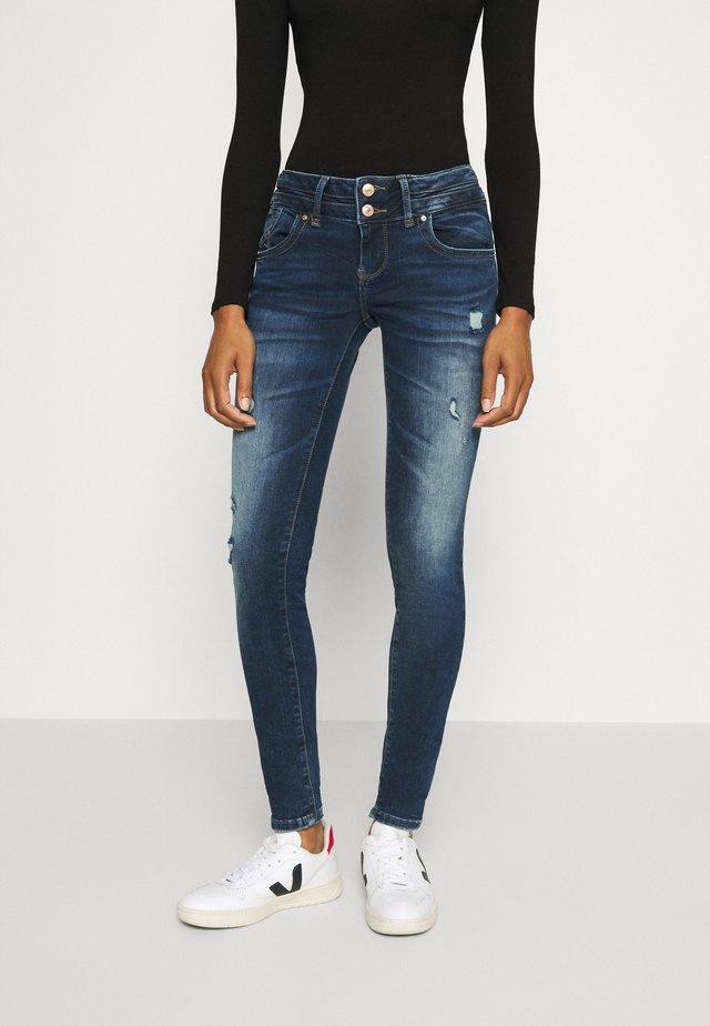 JULITA - Jeans Skinny Fit - tessa wash